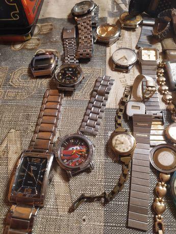 Sprzedam zegarki na czesci,branzoletki
