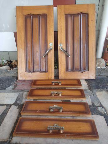 Portas de armário e Frentes de gavetas