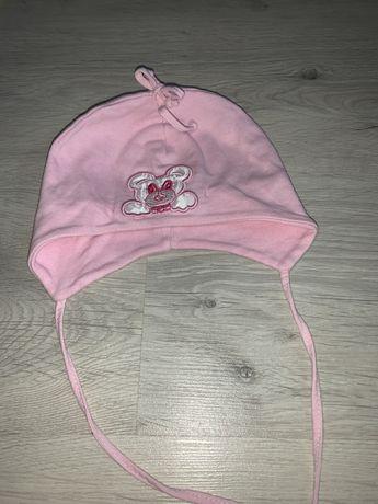 Отдам шапочку на девочку