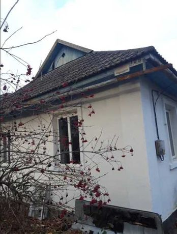 Продаж одноповерхового п'ятикімнатного будинку в Селищі