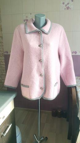 Шерстяной розовый кардиган пиджак пальто в стиле chanel теплый
