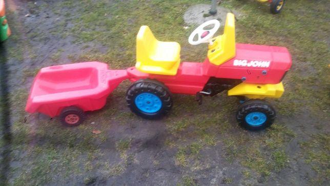 traktorek big na pedały wraz z przyczepką