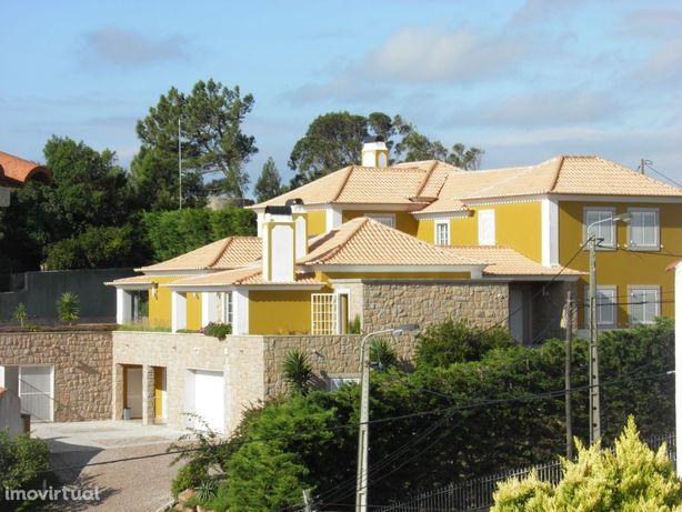 Vende.se Moradia c/Deslunbrante Vista Mar e Montanha Malveira da Serra