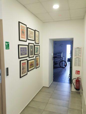 pomieszczenie biurowe z klimatyzacją 52m2