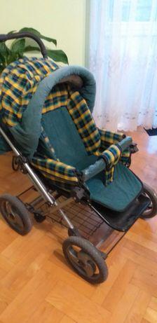 Wózek dzieciecy do odświeżenia.