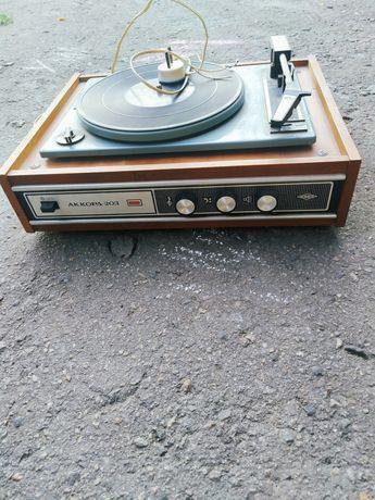 Электрофон Аккорд 203
