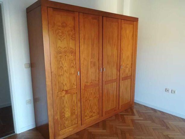 Roupeiro de quarto (4 portas)