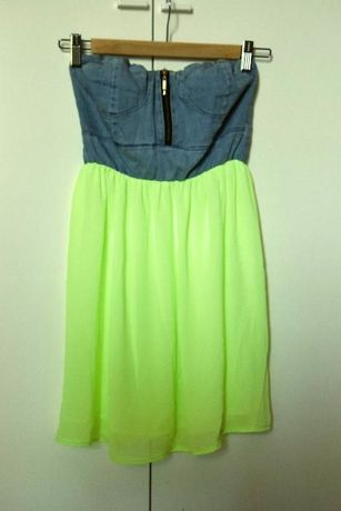 Sukienka bez ramiączek na lato