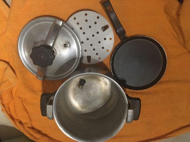 Szybkowar vintage PRL + patelnia do naleśników i garnek PRL