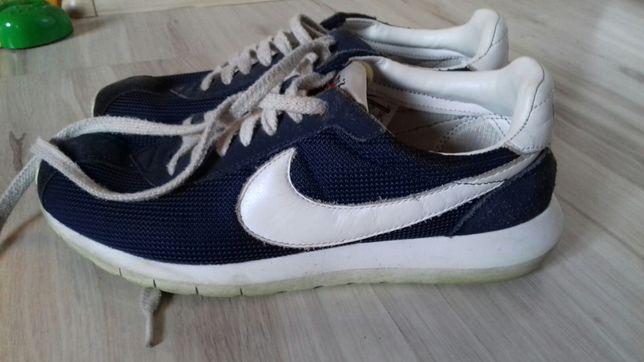 Nike rozmiar 41 dl wkładki 26 cm