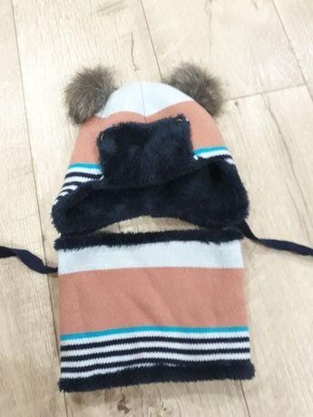 Зимняя шапка с хомутом
