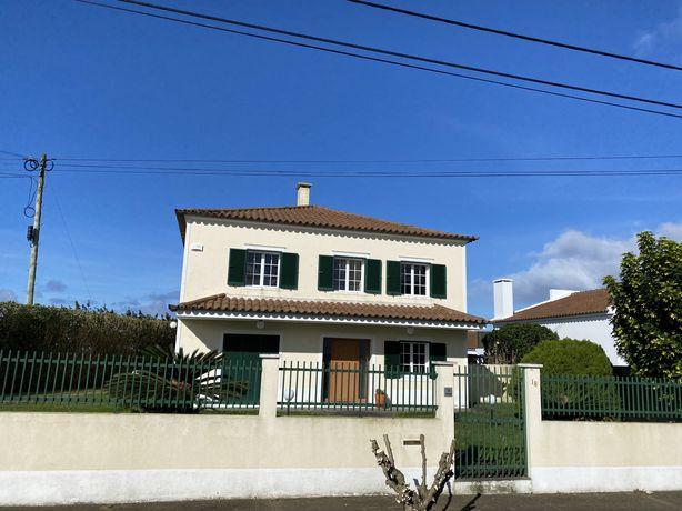 Vivenda T4 Ponta Delgada