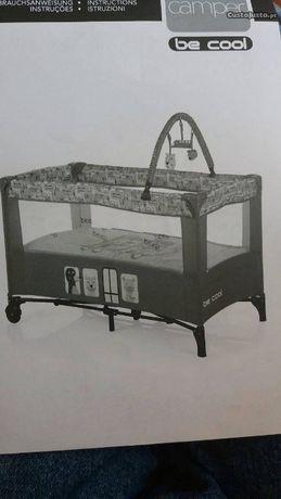 Cama para bébé articulada de viagem