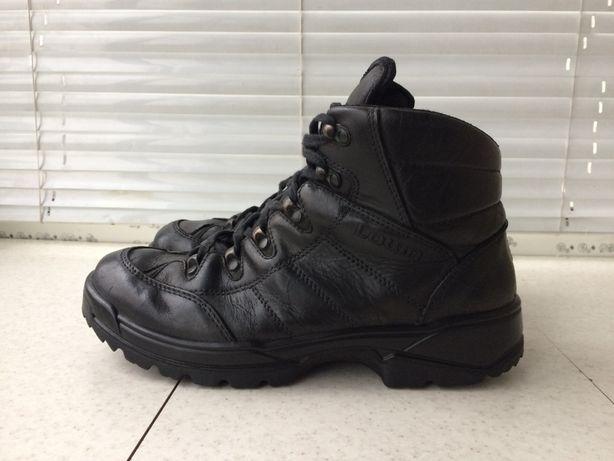 мужские ботинки Lowa