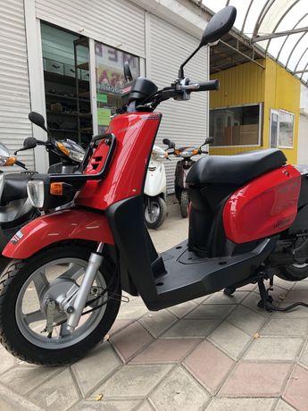 Продам скутер Yamaha Gear