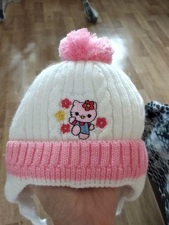 Зимняя шапка на девочку, шапочка