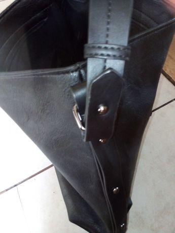 Czarna nowa torba na ramię