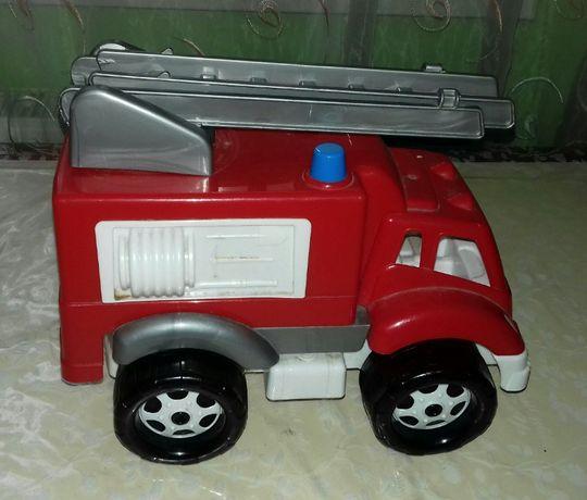 Машина пожежна