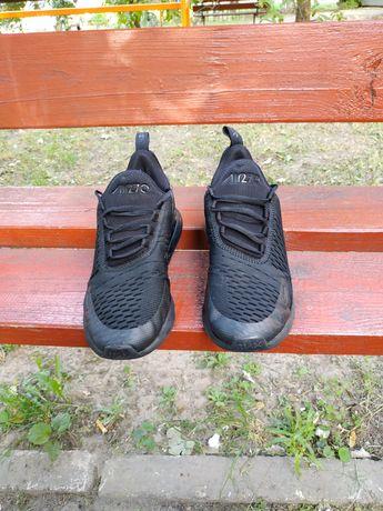 Продам кроссовки Nike air 270