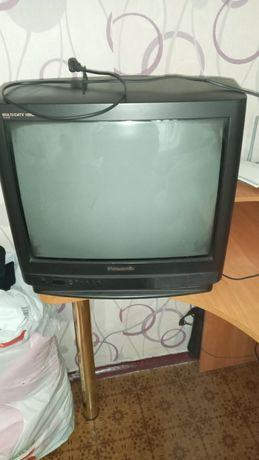 Телевизор Panasonic, давно не пользовались, был рабочий.