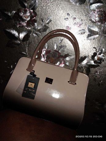 Продам. Итальянскую  сумку. Кожаная