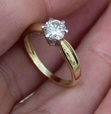 Złoty pierścionek, Brylant 0.6ct SI1