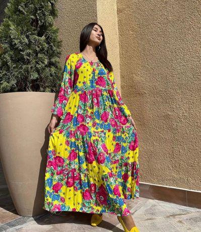 Шикарное яркое платье макси