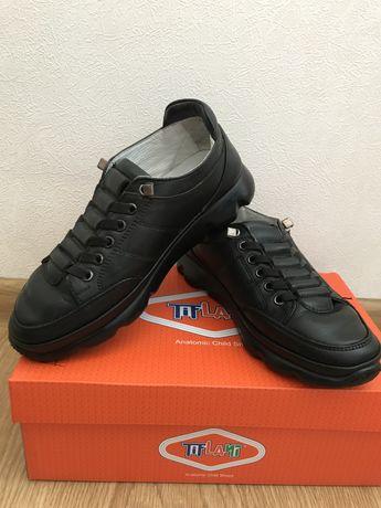 Туфли кросовки тифлани кожанные 32 размер 21 см