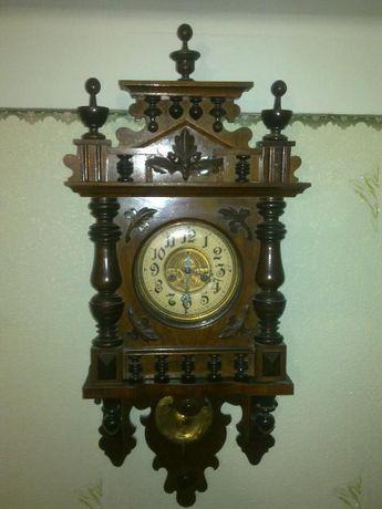 Часы настенные старинные с боем (Германия - трофей)