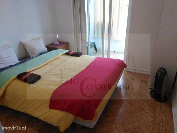Apartamento T3   Mobilado   Equipado   Alameda  