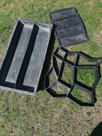 Formy do betonu,, gipsu