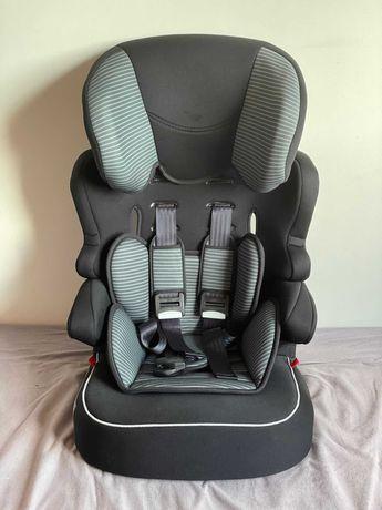 Cadeiras Auto 9 meses / 12 anos