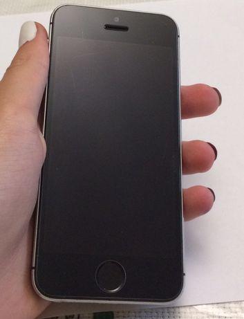 iPhone 5S / 16GB / Б/в
