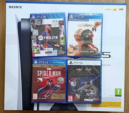 Konsola PlayStation5 PS5 z BluRay, 825GB, pad DS + 4 gry