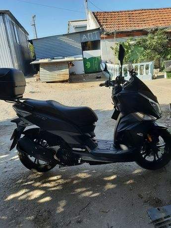 Motociclo scooter