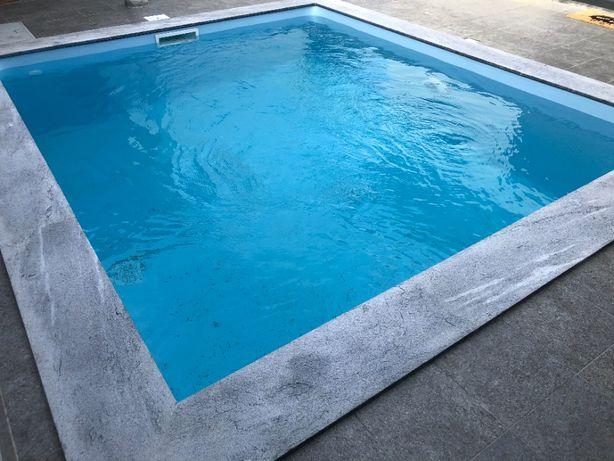 Piscina 8mx4mx1,50 m com tratamento o sal