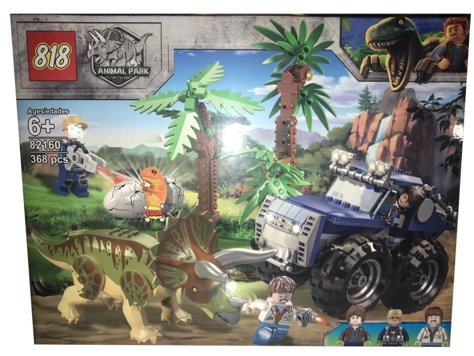 Klocki Jurassic Park Tropiciel Triceratopsa 368 elem. Radom - image 1