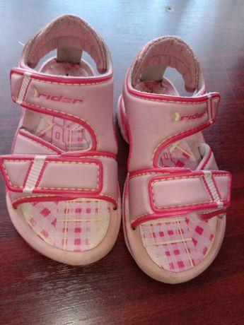 Босоножки, сандали, тапочки