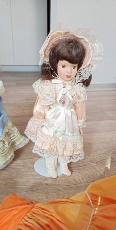 Кукла фарфоровая 32см