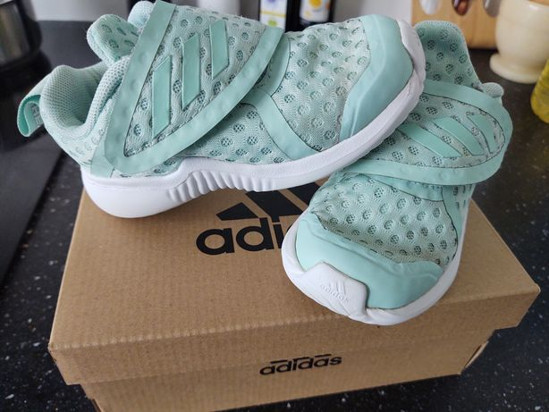 Adidas buty dla dziecka