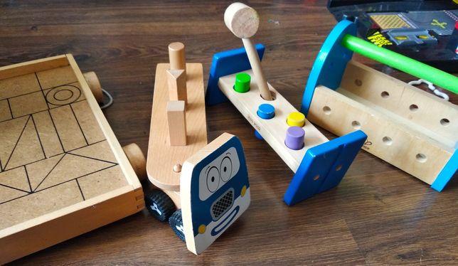 Drewniane zabawki, auto, przebijak, skrzynka