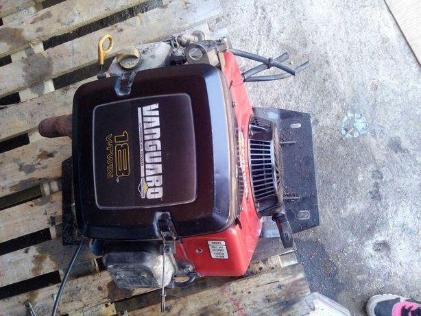 Vendo motor 18cv VANGUARD