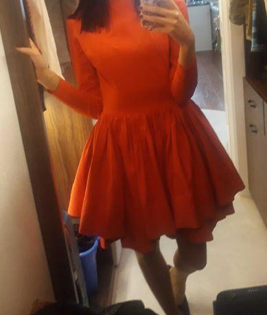 Sukienka czerwona LOU