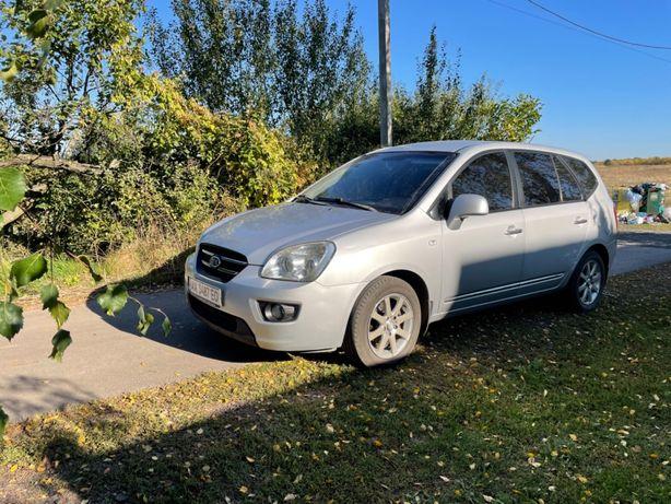Kia Carens, семейное авто, 7 мест, газ/бенз