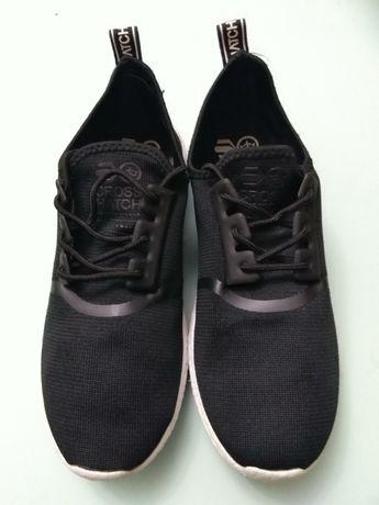 Кроссовки cross natcn nike lowa adidas