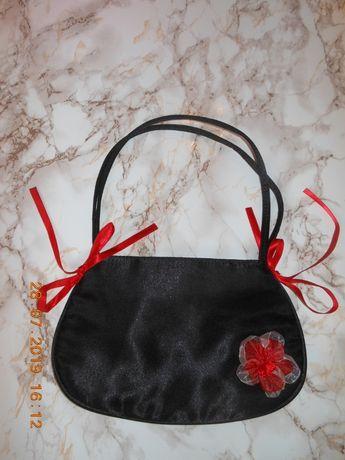 Новая сумочка для маленькой модницы