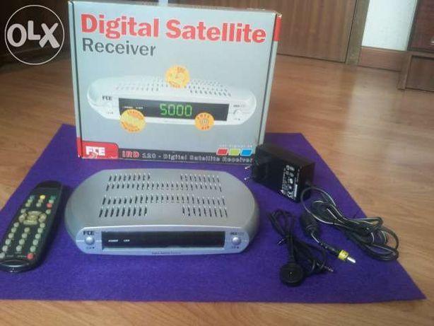 Recetor de Satelite FTE 12 e 220 volts canais livres