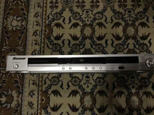 DVD Pioner DV-310-S плеєр