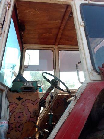 ЮМЗ .Двигатель СМД-22 Резина по кругу новая