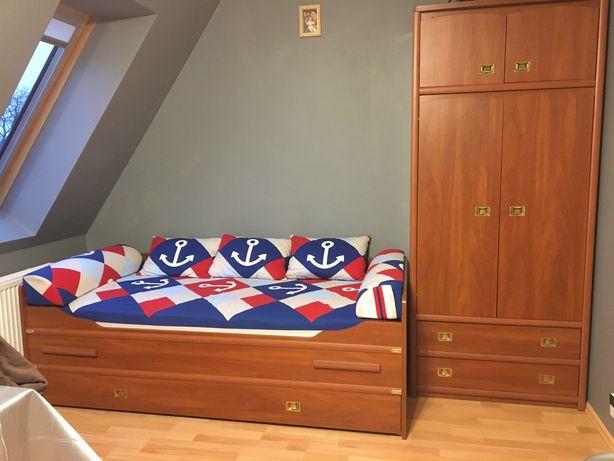 Łóżko i szafa